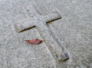 キリスト教葬に参列する際のマナーとタブー