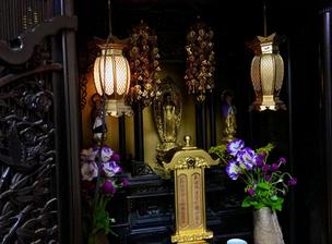 家のなかの小さなお寺!「仏壇」の基礎知識