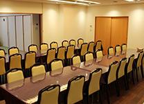 椅子席の会葬者控え室
