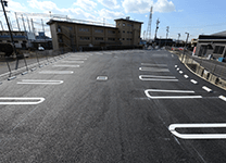 アプローチしやすい駐車場を完備