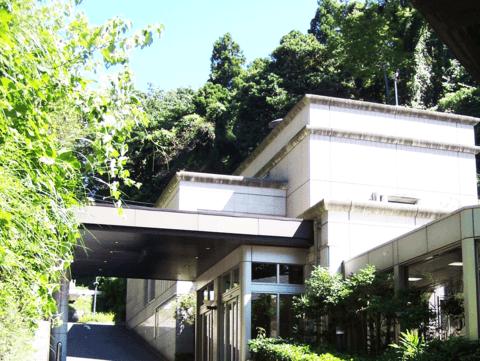 誠行社斎場(小坪火葬場) 外観