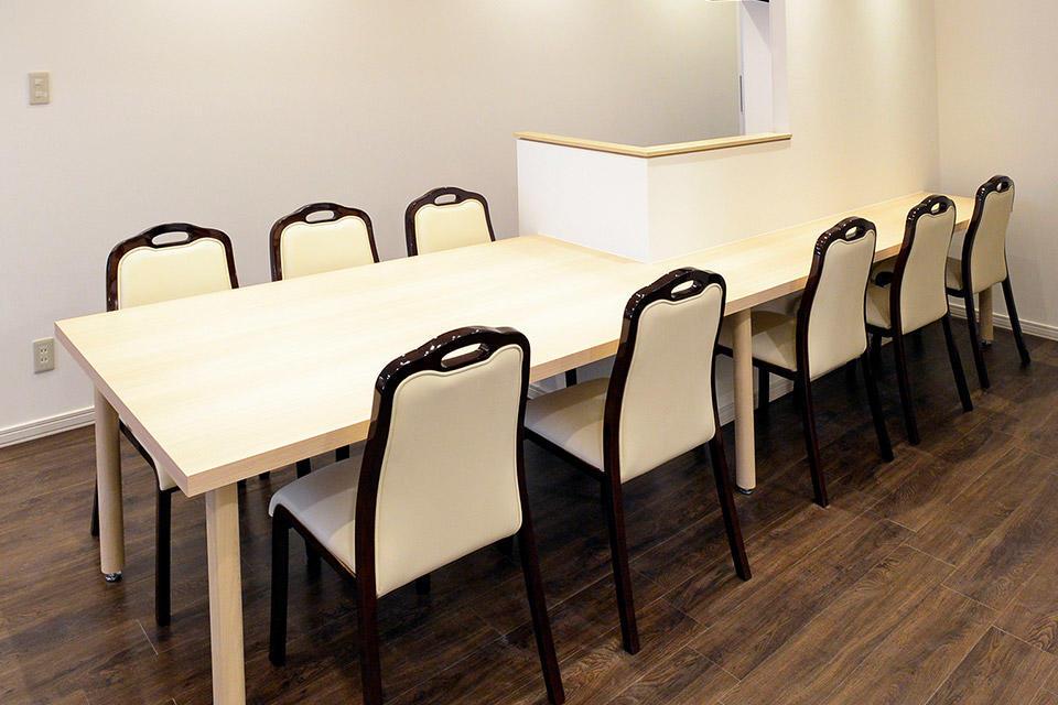 会食場はレイアウト調整可能