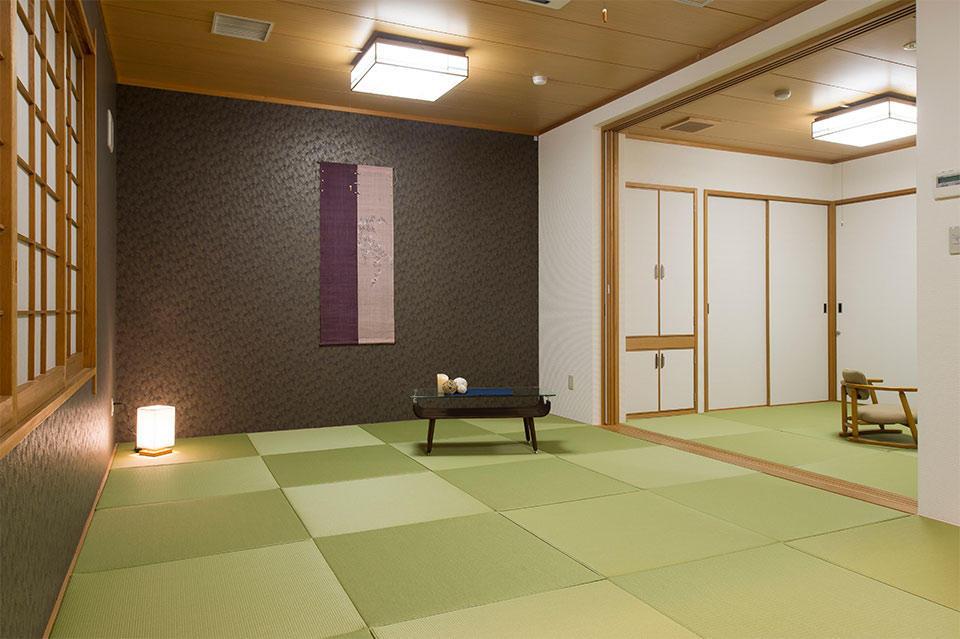 琉球畳でおくつろぎください