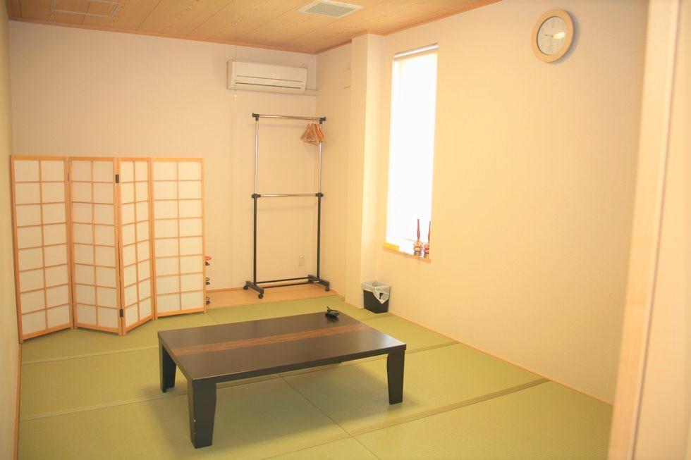 ファミーユ阿久比の控室
