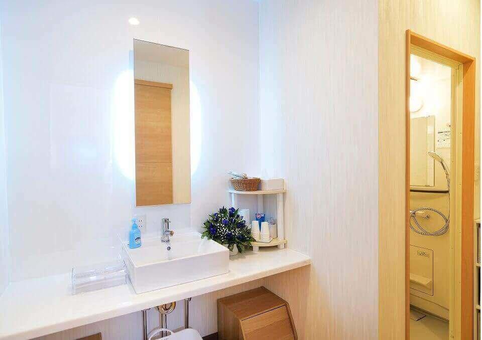 清潔感のあるシャワールーム