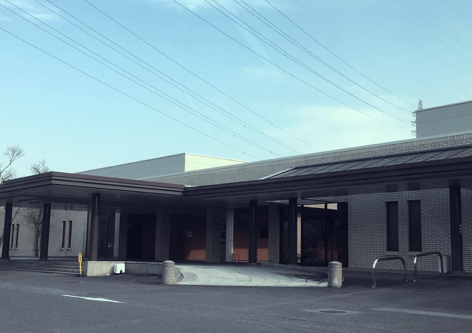 大垣市鶴見斎場 外観1