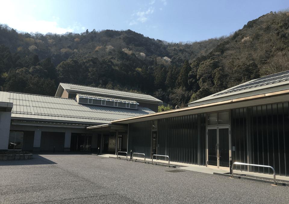 揖斐広域斎場 外観2