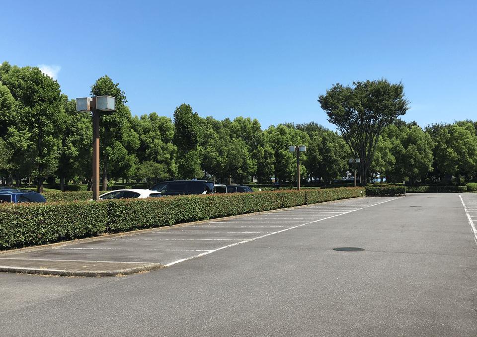 せさき聖苑 駐車場
