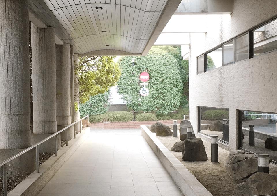 太田市斎場 バリアフリーの入口