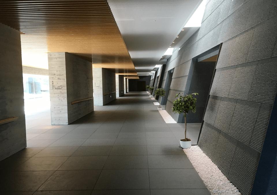 西風館 廊下