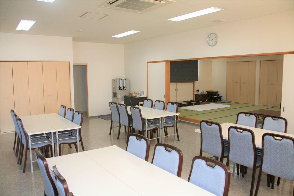 ファミーユ高浜碧南の会食スペース