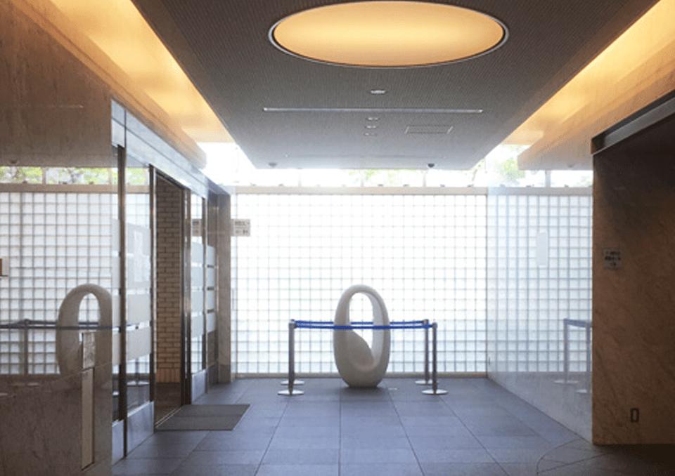 鶴見斎場 廊下