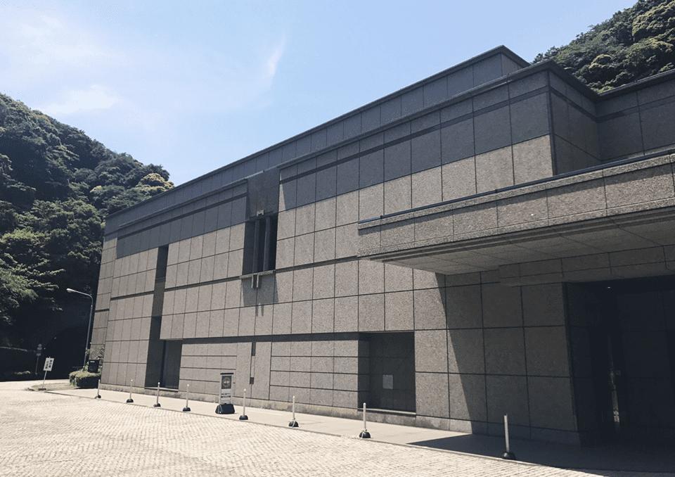横浜市南部斎場 外観1